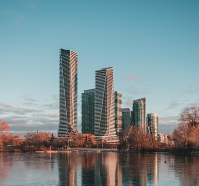 Find a top-rated real estate agent in Etobicoke